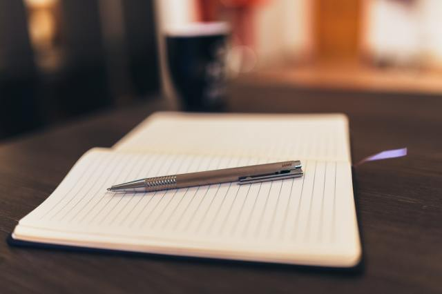 coffee-notebook-pen-writing-34587